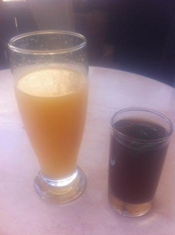 jus d'orange et thé à la menthe à tunis